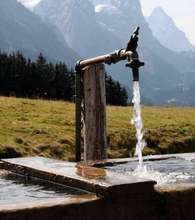 چرا آب چاه نیاز به تصفیه دارد آیا باید آن را تصفیه کرد؟ عوامل آلوگی و آلاینده آب چاه ها